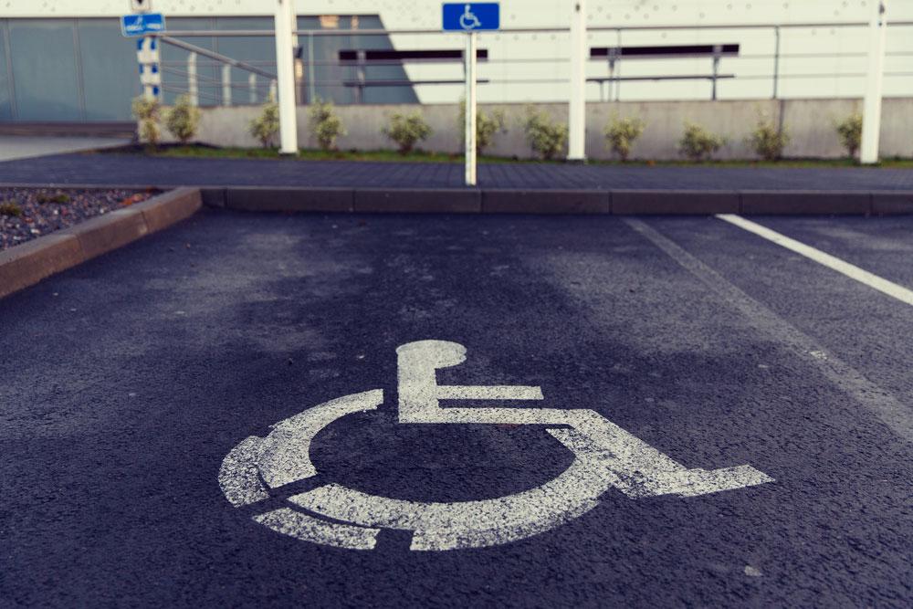 Plaza parking discapacitados minusvalidos